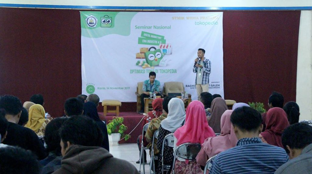 seminar-nasional-digital-marketing-dari-tokopedia
